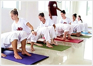 formation professeur yoga 200 heures